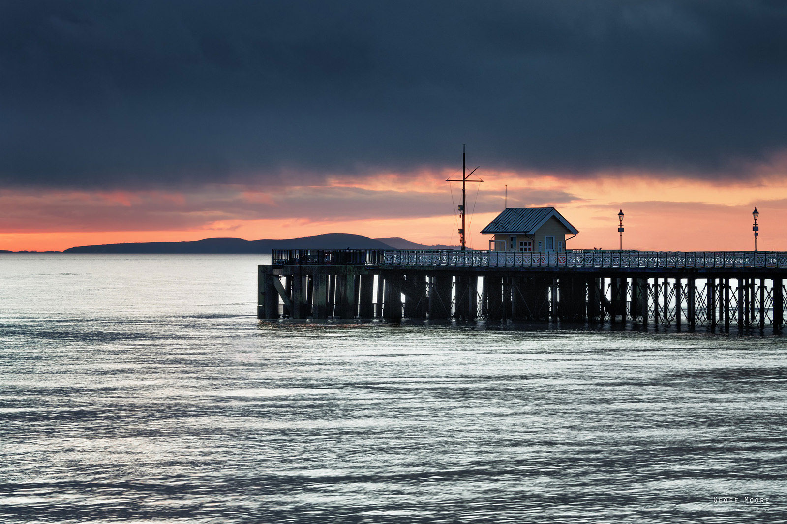 The Pier End - Penarth